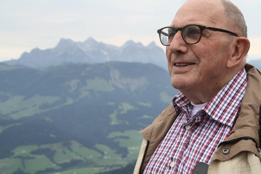 Na 46 jaar collecteren zet Albert Dolfing er een punt achter